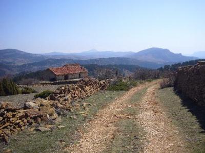 Ruta senderista: Vuelta a La Moleta y Erizosa desde Linares
